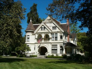 Front view of the house.